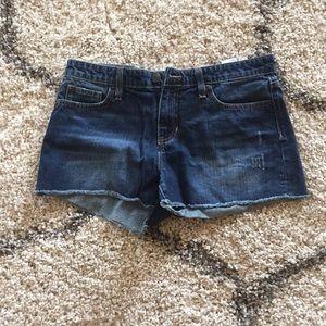 Gap Sexy Boyfriend Shorts Size 6/28